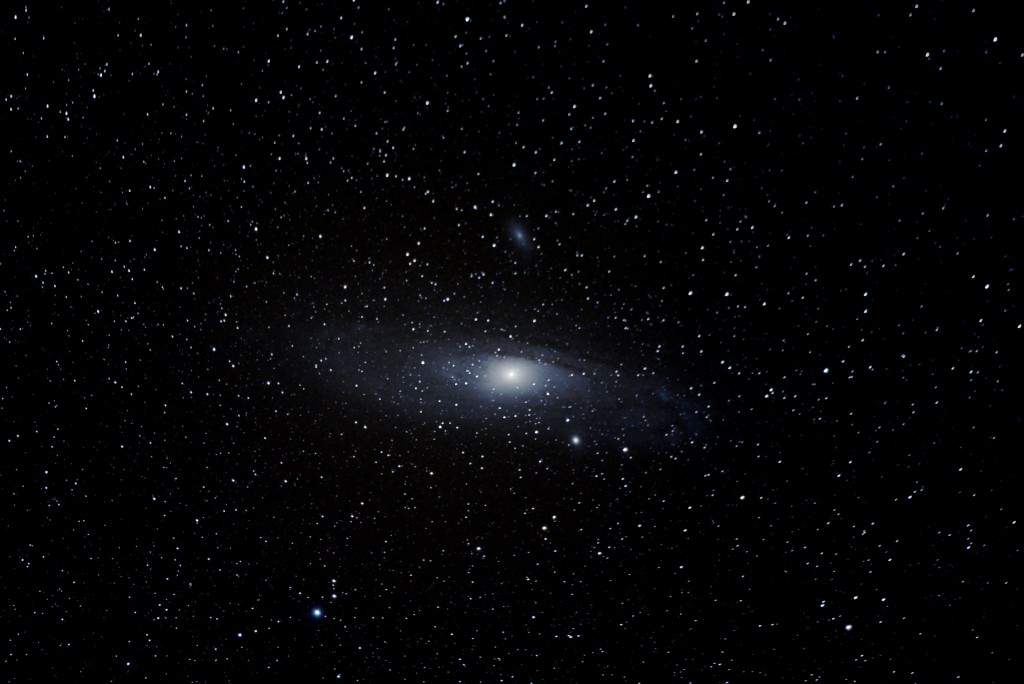 M31 - Andromeda Galaxy: Astrophotography with the Xuji X-T1 and Fujinon 50-140mm f2.8